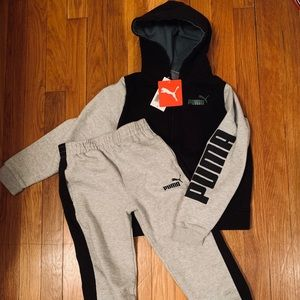 PUMA boys 2 piece sweat suit NWT